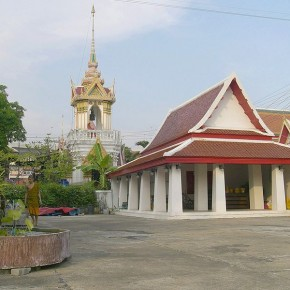 800px-Wat_Song_Tham_Woraviharn_2